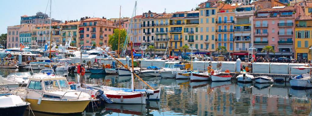 Old-city-and-harbor-in-Cannes
