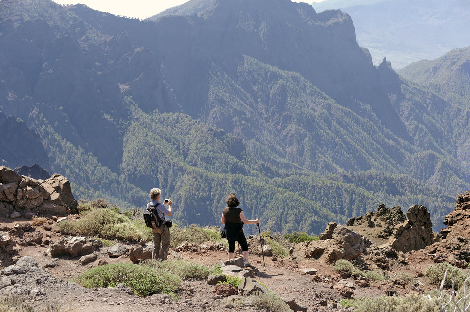 Walking in La Caldera La Palma