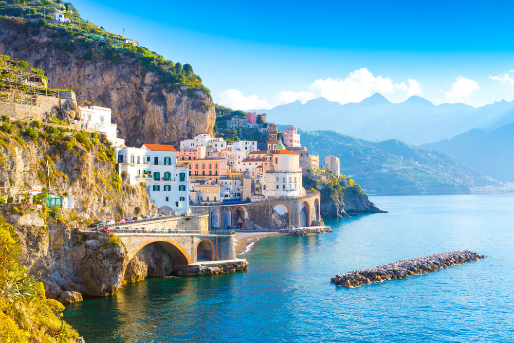 An image of the stunning Amalfi Coast, near Naples in Italy